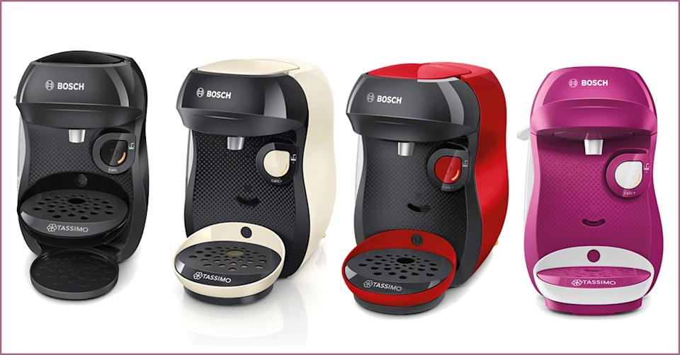 The top-rated coffee machine is available in four colours. (Currys PC World)