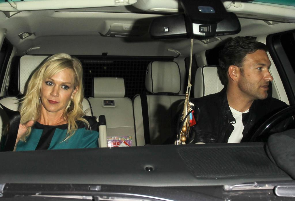 """After going through a tough divorce with actor Peter Facinelli after 11 years of marriage and three kids, actress Jennie Garth is staying away from famous fellows ... at least for now. The 40-year-old was spotted on a dinner date in Hollywood this week with Jason Clark, a managing director with commercial real estate services firm Jones Lang LaSalle. The former """"90210"""" star recently told <em>People</em> that this year has been a """"rebirth"""" for her. """"I just looked at it like there's no way I can hide out ... and never work again, never love again, and never laugh again,"""" she said in the interview. """"I have a strong constitution. I have a lot of inner calm about stuff right now."""" (10/21/2012)"""