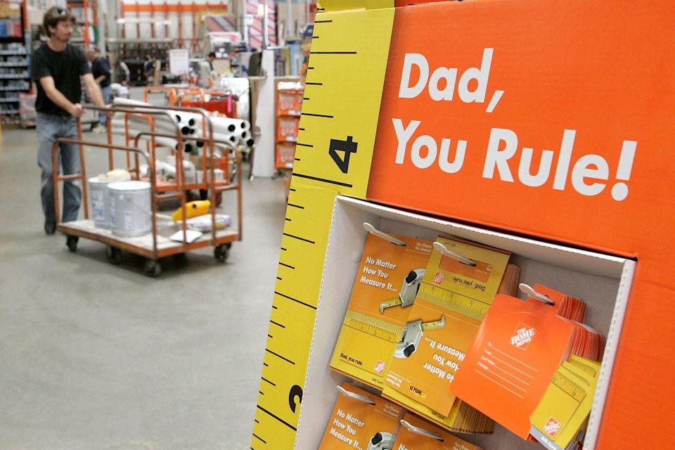 """<p>According to <a href=""""https://nrf.com/media-center/press-releases/fathers-day-spending-reach-near-record-153-billion"""" rel=""""nofollow noopener"""" target=""""_blank"""" data-ylk=""""slk:the National Retail Federation and Prosper Insights & Analytics"""" class=""""link rapid-noclick-resp"""">the National Retail Federation and Prosper Insights & Analytics</a>, people spent more on Father's Day in 2019 than ever before ($15.3 million).</p>"""