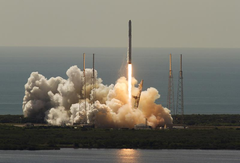 SpaceX Falcon 9 Launch Confirmed For Jan. 9
