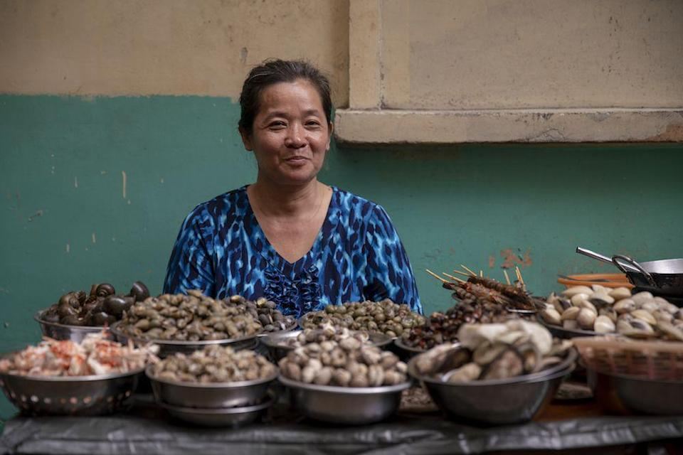 """<p><em>Street Food: Asia </em>proves that some of the best food in the world is not made in restaurants, but in stalls in markets and on busy streets. Each episode of <em>Street Food</em> is set in a different city in Asia, from Seoul, South Korea to Cebu, Philippines. The show places equal emphasis on the food and the people who make it. Watch the <a href=""""https://www.netflix.com/search?q=latin%20&jbv=81249660"""" rel=""""nofollow noopener"""" target=""""_blank"""" data-ylk=""""slk:Latin America"""" class=""""link rapid-noclick-resp"""">Latin America</a> edition when you're done. </p><p><a class=""""link rapid-noclick-resp"""" href=""""https://www.netflix.com/search?q=cooking&jbv=80244996"""" rel=""""nofollow noopener"""" target=""""_blank"""" data-ylk=""""slk:Watch Now"""">Watch Now</a></p>"""