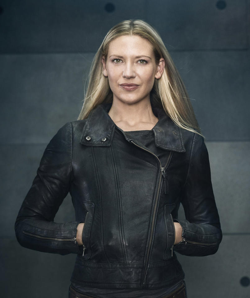 "Anna Torv returns as Agent Olivia Dunham in Season Five of ""Fringe."""