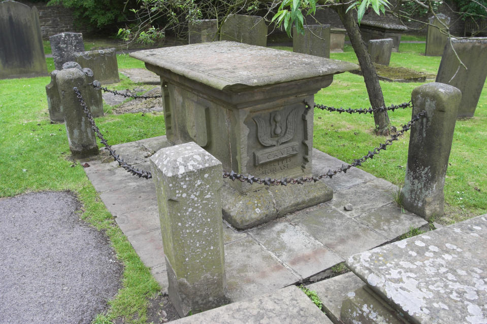 The grave of Mrs Mompesson, the wife of the Vicar of Eyam at the time of the plague. (Photo by: MyLoupe/Universal Images Group via Getty Images)