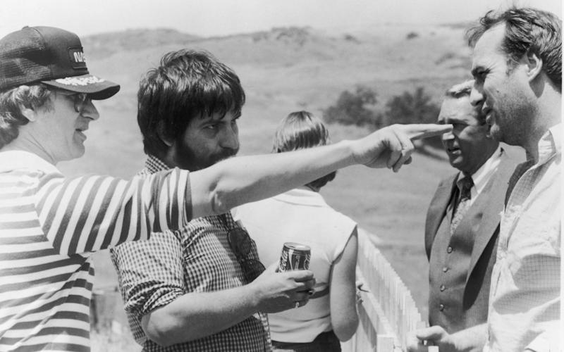 Steven Spielberg and Tobe Hooper on the set of Poltergeist - Getty