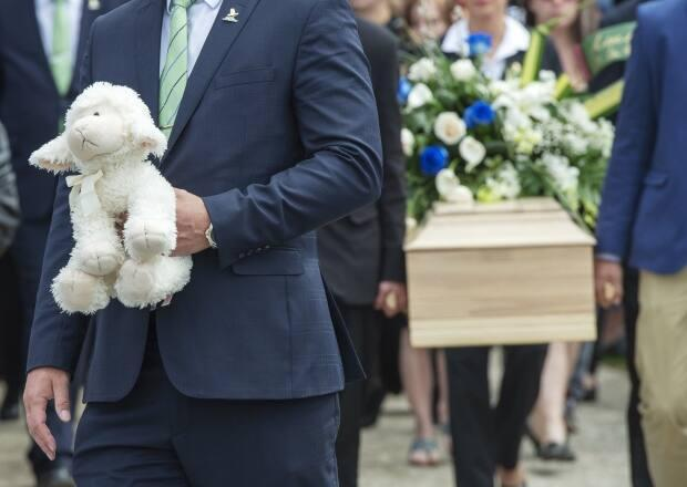 The death of a seven-year-old girl in Granby, Que., prompted an inquiry into the province's youth protection system. (Ryan Remiorz/The Canadian Press - image credit)