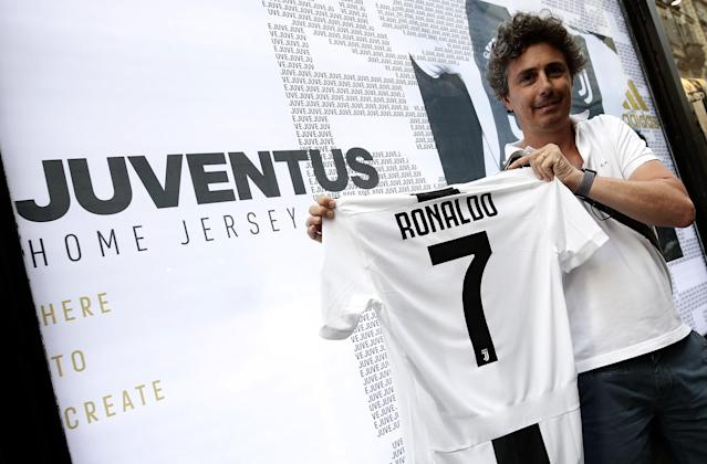 Cristiano Ronaldo has signed for Juventus from Real Madrid. Juve fans already have their hands on his new jersey. (Getty)