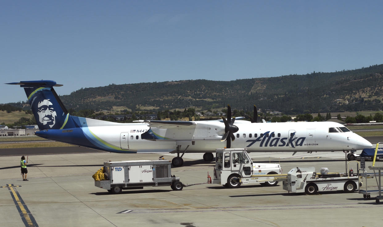 Alaska Airlines faces criticism after a 13-year-old traveler was allegedly abandoned at a San Francisco airport. (Photo: Robert Alexander / Getty Images)