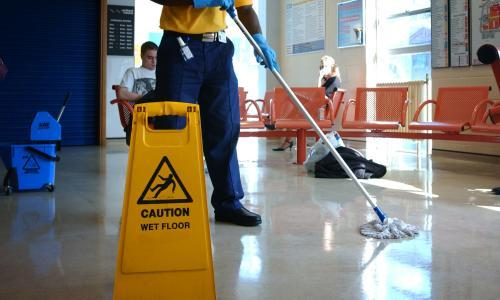 Lives risked by privatisation of NHS cleaning