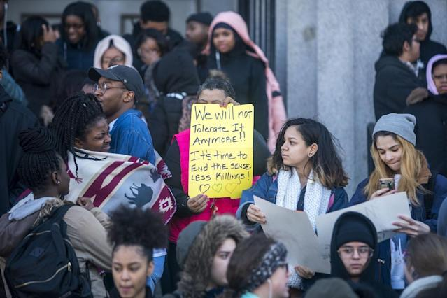 <p>Students at Philadelphia High School of Creative and Performing Arts participate in a walkout to address school safety and gun violence in Philadelphia, Pa. (Photo: Getty Images) </p>