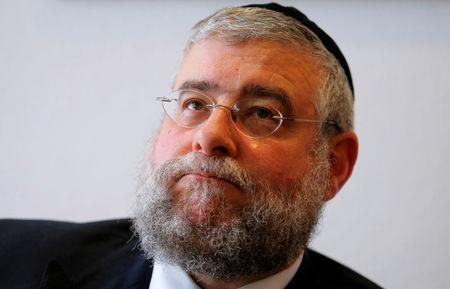 President of the Conference of European Rabbis Pinchas Goldschmidt talks during an interview with Reuters in Vienna, Austria, May 31, 2016. REUTERS/Heinz-Peter Bader