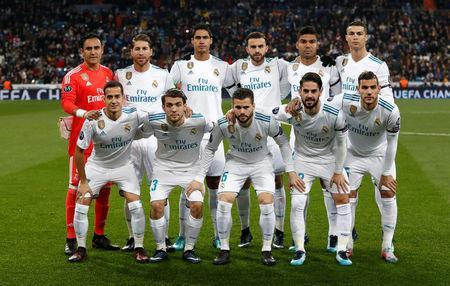 Soccer Football - Champions League - Real Madrid vs Borussia Dortmund - Santiago Bernabeu, Madrid, Spain - December 6, 2017 Real Madrid team group REUTERS/Juan Medina