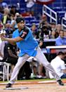 <p>Batter up! Jamie Foxx certainly looked the part at the 2017 MLB All-Star Legends and Celebrity Softball game. We're sure Katie Holmes approves, too. (Photo: Gustavo Caballero/Getty Images) </p>