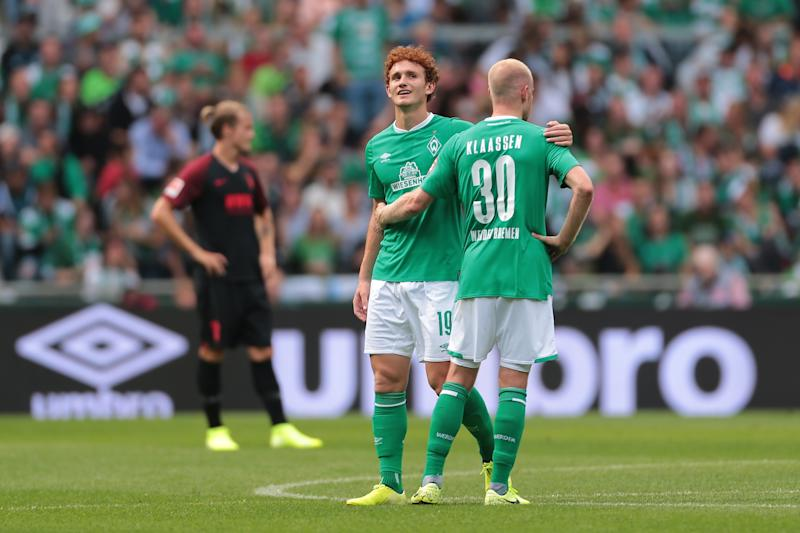 BREMEN, GERMANY - SEPTEMBER 01: Josh Sargent of SV Werder Bremen and Davy Klaassen of SV Werder Bremen celebrate after scoring his team's second goal during the Bundesliga match between SV Werder Bremen and FC Augsburg at Wohninvest Weserstadion on September 1, 2019 in Bremen, Germany. (Photo by TF-Images/Getty Images)