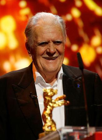 FILE PHOTO: German cinematographer Michael Ballhaus receives an Honorary Golden Bear for his lifetime achievement at the 66th Berlinale International Film Festival in Berlin, Germany, February 18, 2016.        REUTERS/Fabrizio Bensch/File Photo