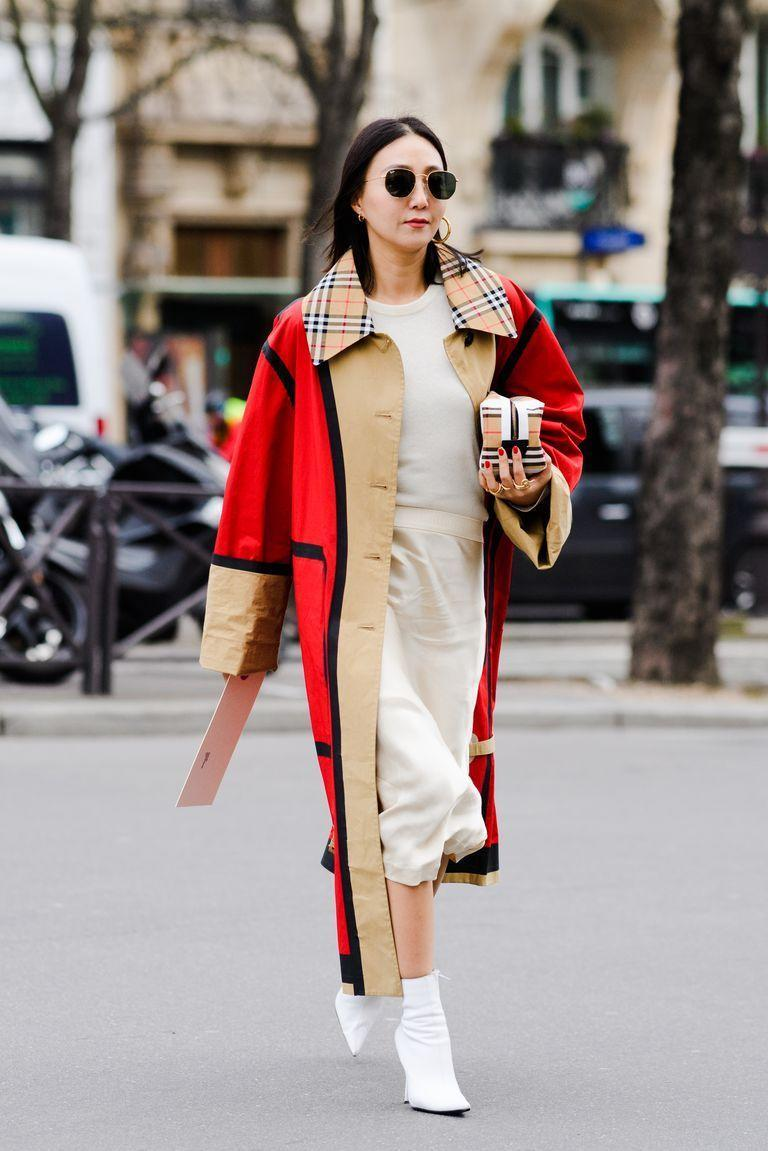 <p>Ankle boots and midi-length hemlines make for the ideal transitional outfit combo. When the temperatures drop, top your look off with a trench. <strong><br></strong></p>