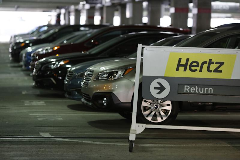Hertz is reportedly canceling car reservations during the solar eclipse later this month, and people are not happy