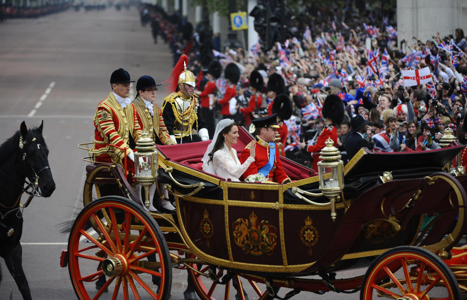 The Duke and Duchess of Cambridge rode in the 1902 State Landau [Photo: Getty]