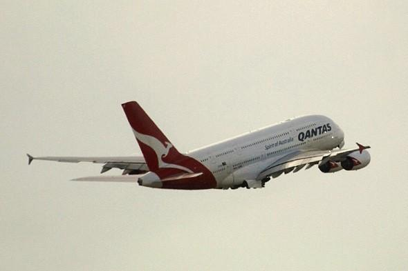 Qantas planes 250m away from mid-air disaster
