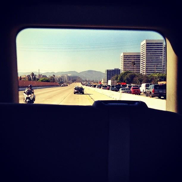 Rare sight in LA: An almost empty 405 freeway, closed for Romney's motorcade