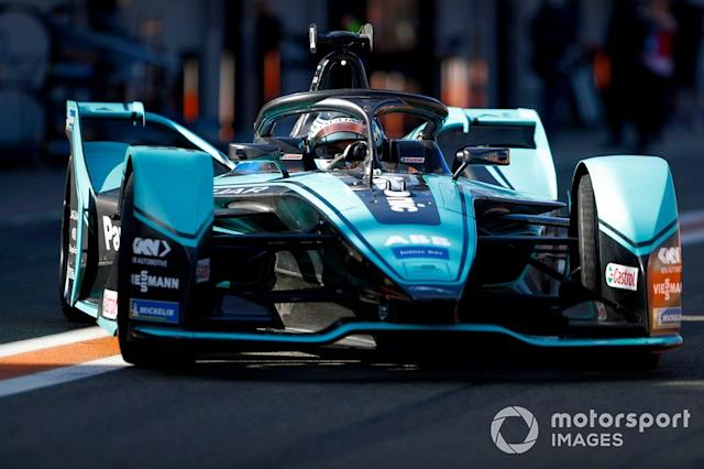 "James Calado, Jaguar Racing, Jaguar I-Type 4 in the pit lane <span class=""copyright"">Sam Bloxham / Motorsport Images</span>"