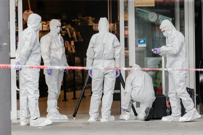 One dead in knife attack in Hamburg supermarket