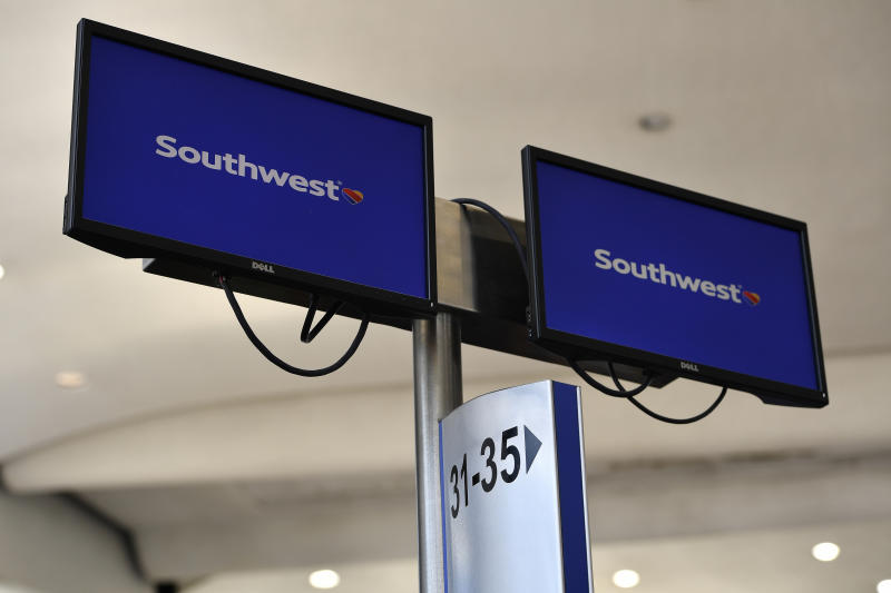 First National Bank of Omaha Lowers Stake in Southwest Airlines Co (LUV)