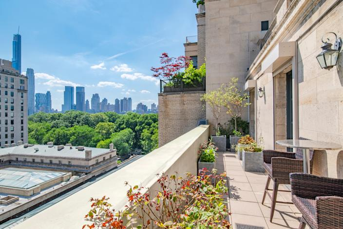 """<div class=""""caption""""> The Upper East Side home looks onto Central Park. </div> <cite class=""""credit"""">Courtesy of The Corcoran Group</cite>"""