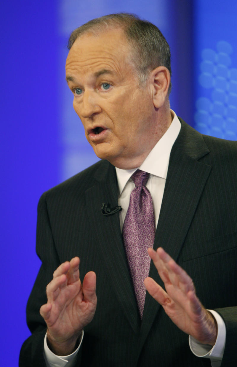 """FILE - This Nov. 16, 2009 file photo shows Fox News commentator Bill O'Reilly during a taping for """"The O'Reilly Factor,"""" in New York.  (AP Photo/Kathy Willens, file)"""