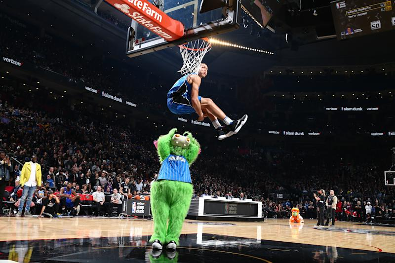 The 10 coolest dunks in NBA Slam Dunk Contest history 96692fa74a