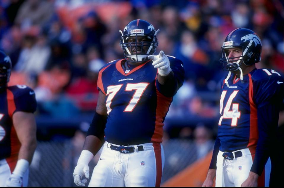 6 Dec 1998: Tackle Tony Jones #77 of the Denver Broncos looks on during the game against the Kansas City Chiefs at Mile High Stadium in Denver, Colorado. The Broncos defeated the Chiefs 35-31.