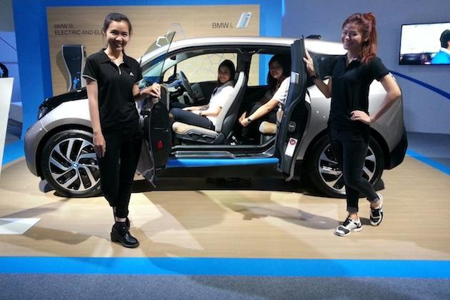 3 Ways The Government Could Make Electric Cars Viable In Singapore