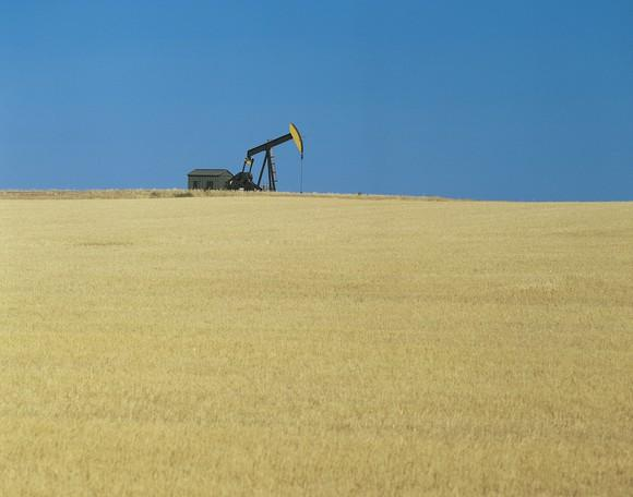 An oil pump in a field.