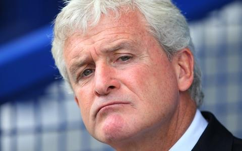 """<span><a class=""""link rapid-noclick-resp"""" href=""""/ncaab/players/131798/"""" data-ylk=""""slk:Mark Hughes"""">Mark Hughes</a> has a dreadful record against Arsene Wenger</span> <span>Credit: Getty Images </span>"""