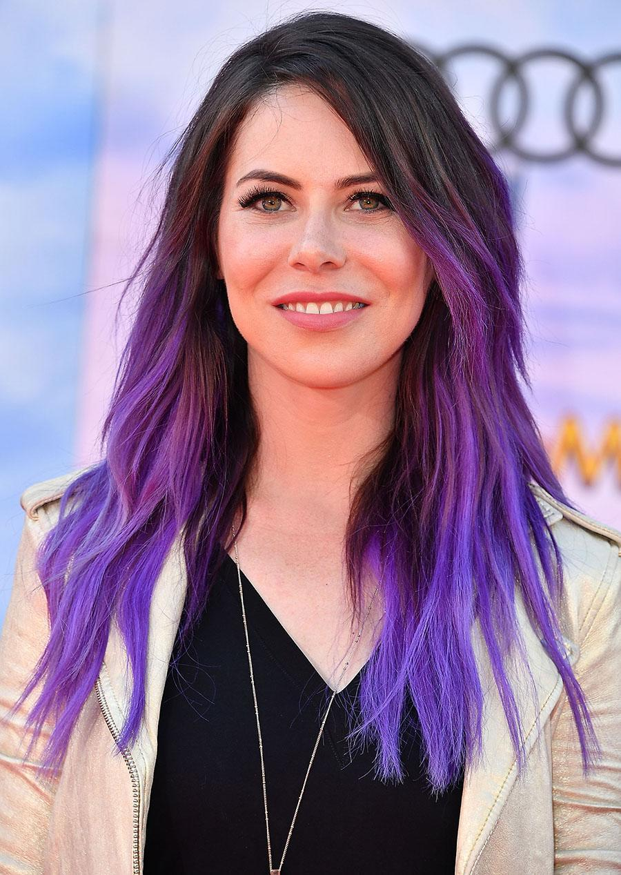 <p>This edgy ombré version of the hue is purple perfection and rocker-chic hair goals. (Photo: Getty Images) </p>