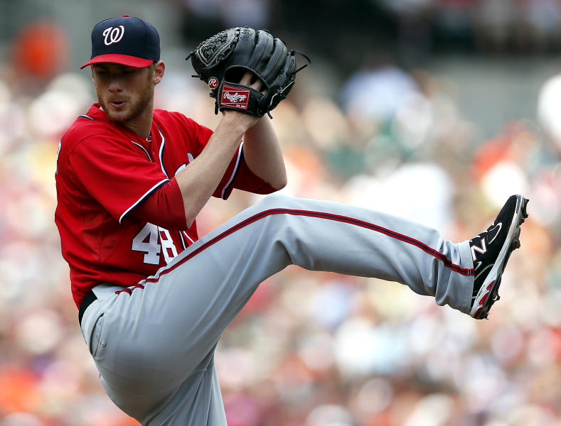 Washington Nationals starting pitcher Ross Detwiler throws to the Baltimore Orioles in the second inning of an interleague baseball game in Baltimore, Sunday, June 24, 2012. (AP Photo/Patrick Semansky)