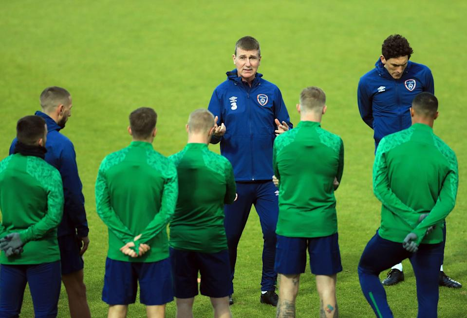 Stephen Kenny addresses his players in the build-up to the Wembley friendly (PA)