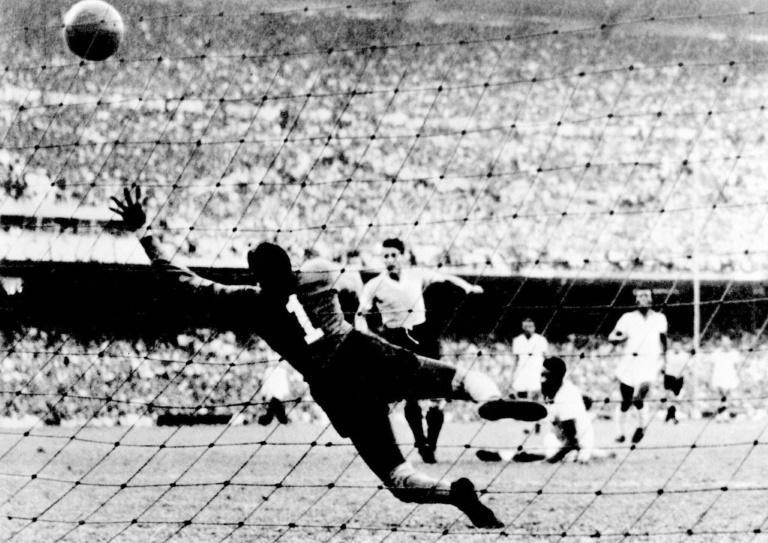 Uruguay's Juan Schiaffino scores the equalizing goal against Brazil in the decisive match of the 1950 World Cup that would forever more be known as the 'Maracanazo' (AFP Photo/Stf)