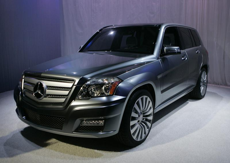 """(Bloomberg Opinion) -- When Volkswagen AG admitted rigging diesel emission testsin September 2015, its German rival Daimler AG sounded pretty dismissive indefending the compliance of its own Mercedes-Benz vehicles. """"We categorically deny the accusation of manipulating emission tests regarding our vehicles,"""" the luxury car giant said. """"A defeat device, a function which illegitimately reduces emissions during testing, has never been and will never be used at Daimler. This holds true for both diesel and petrol engines. Our engines meet and adhere to every legal requirement.""""If Daimler shareholders concluded from that statementthat the company wouldn't have to recall any diesel vehicles, or that it wouldn't face any financial or legal repercussions related to its diesel emissions, they've been sorely disappointed. On Sunday Daimler warned of a high three-digit million euro hitto profit because of provisions for """"various ongoing governmental proceedings and measures relating to diesel vehicles,""""without saying what these were. Group operating profit is now expected to stagnate this year.This was Daimler's third profit warning in 12 months and all have involved unexpected diesel costs to some extent. The shares gave up about 2 billion euros ($2.3 billion)of market value on Monday – more than twice the expected hit to profit – which suggests investors fear this won't be the end of it.And who could blame them? On diesel, as with its own earnings forecasts, Daimler is in danger of being seen as unreliable counsel. The share price, which essentially has gone nowhere since 2007, reflectsthat distrust.The distinction will probably be lost on city-dwellers who breathed in poisonous diesel fumes, but to this day Daimler insists its diesels didn't break the law. European vehicle emissions rules were loosely written. Turningdown or switchingoff emission controls toprotectthe engine in certain circumstances –such as lower temperatures –was allowed and loopholes like this were widely """