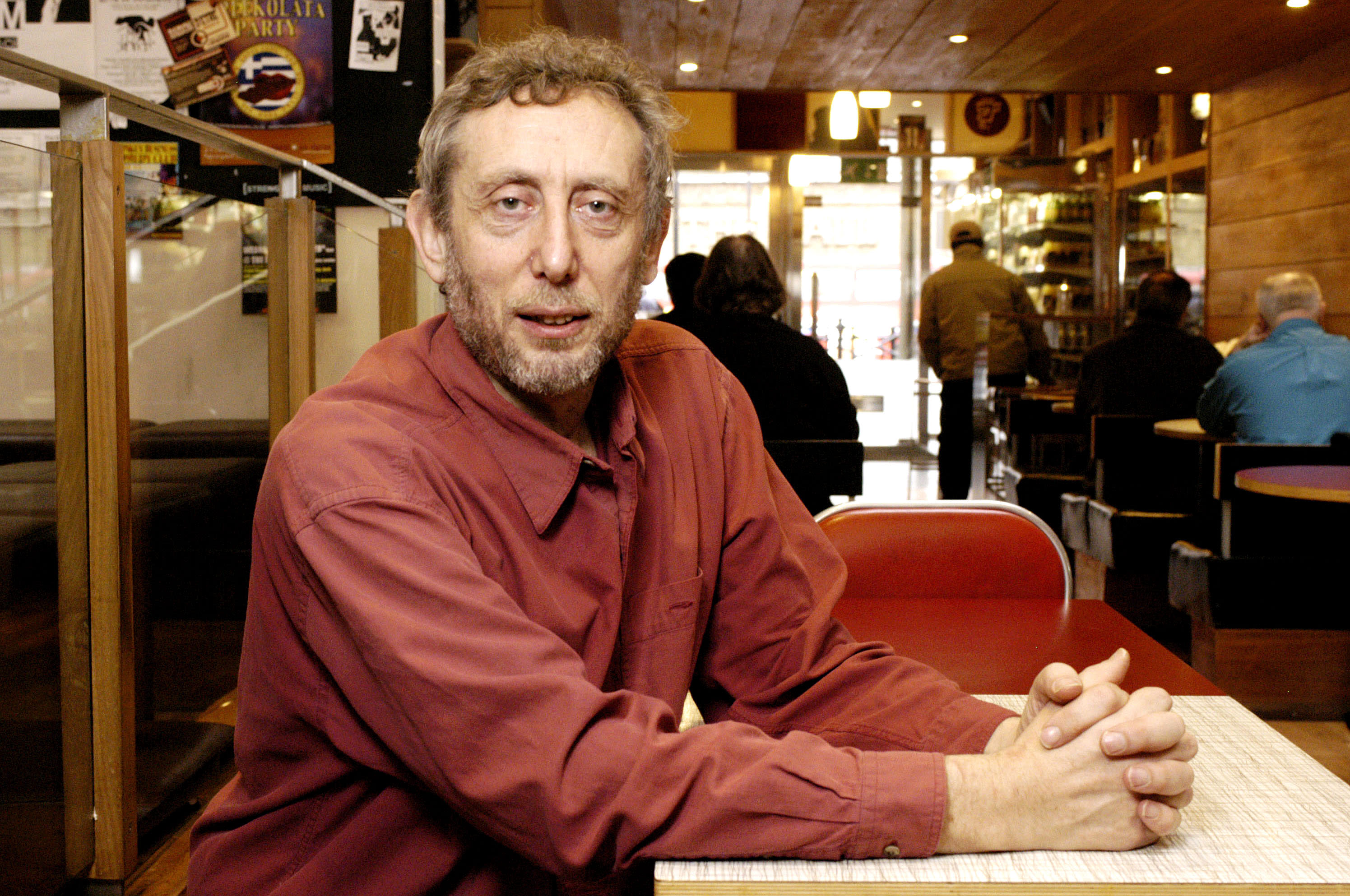 Portrait of writer and broadcaster Michael Rosen, photographed on the 26th January 2004, Upper St, Islington, London. N1.; (Photo by Nick Cunard/Photoshot/Getty Images)