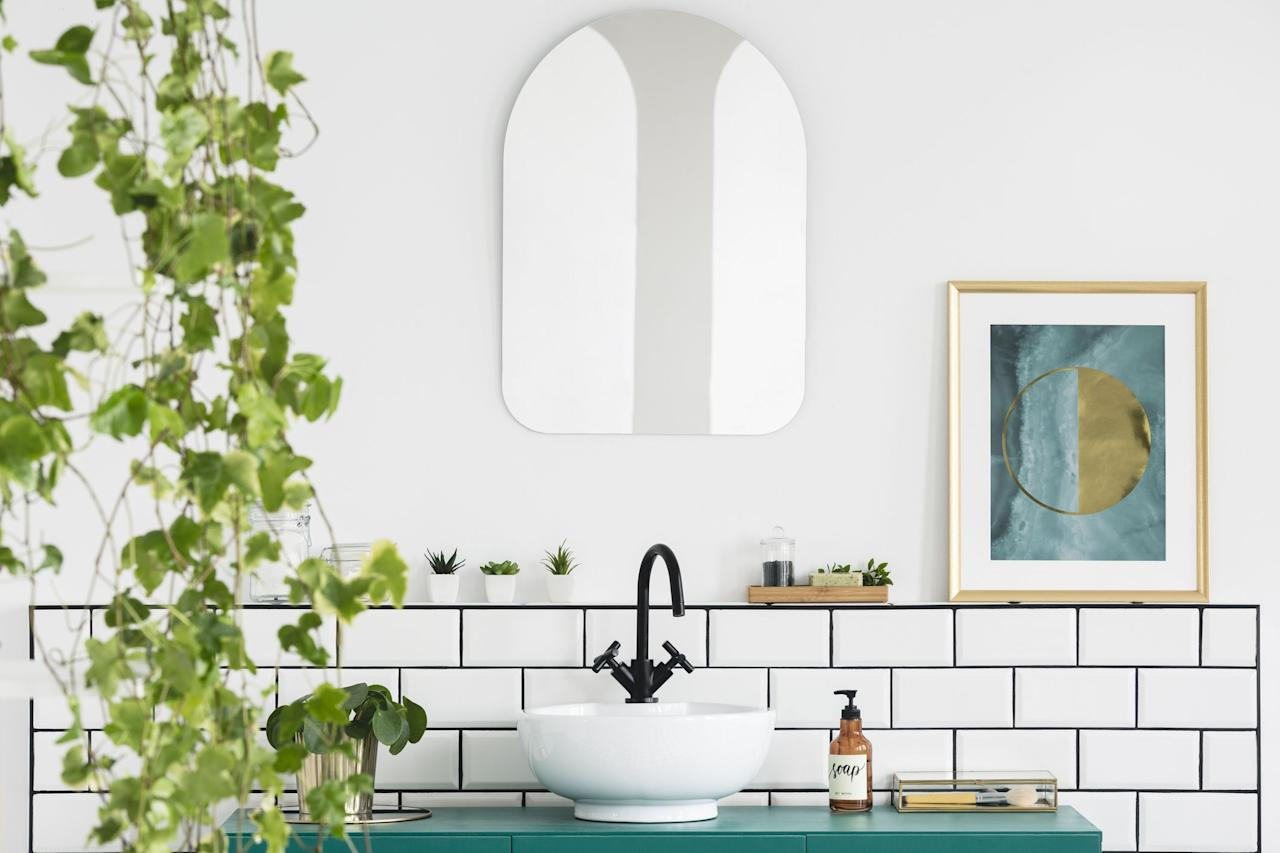 "<p><a href=""https://www.housebeautiful.com/lifestyle/gardening/g2495/indoor-plants/"" target=""_blank"">Houseplants </a>have taken over, and the trend has extended to every room of the house—including the bathroom. It may seem like a weird place to keep your plants and show off your green thumb, but not only does putting <a href=""https://www.housebeautiful.com/design-inspiration/home-makeovers/a25647661/room-makeover-plants/"" target=""_blank"">plants in your bathroom</a> turn it into your own personal oasis (seriously, a plant-filled bathroom is like a vacation in your own home!), your bathroom is actually a great environment to keep many plants, even some of the most popular ones out there like snake plants and fiddle leaf figs. The higher humidity levels help plenty of plants live their best lives, and there are options for sunny, natural-light-filled bathrooms and darker, windowless ones alike.</p><p>According to plant resources like <a href=""https://www.thesill.com/pages/plant-care-articles"" target=""_blank"">The Sill</a>, <a href=""https://bloomscape.com/plant-life/"" target=""_blank"">Bloomscape</a>, <a href=""http://www.costafarms.com/blog/grow-trendy-bathroom-plants"" target=""_blank"">Costa Farms</a>, and <a href=""https://urbansproutsstore.com/"" target=""_blank"">Urban Sprouts</a>, these are some of the best houseplants to place in your bathroom, with plenty of options to thrive in all different light levels. </p>"