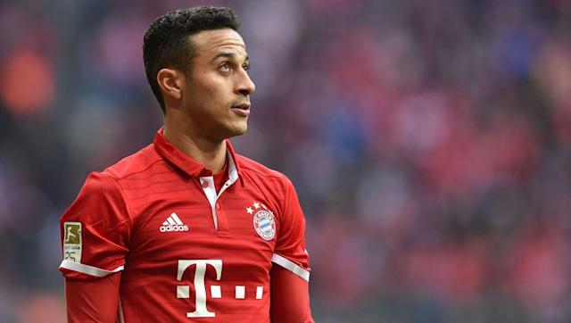 According to Spanish outlet Cadena Ser, via Daily Mail, Barcelona's sporting director Robert Fernandez was in attendance of Bayern Munich's Champions League drubbing of Arsenal at the Allianz Arena to watch Thiago Alcantara. The illusive Spaniard scored two emphatic goals in Bayern's 5-1 humbling of Arsene Wenger's wounded Premier League outfit, now it's been rumoured that the Catalan giants are keen on swooping Thiago, four years after they sold the entertaining play-maker. Catalan paper El...