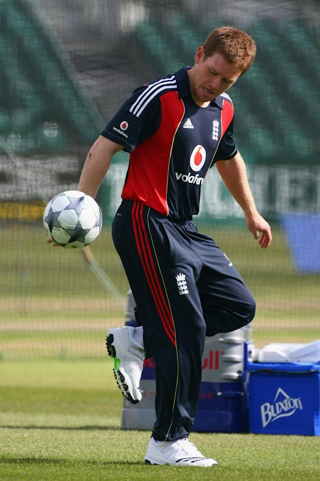 BRISTOL, ENGLAND - MAY 23:  Eoin Morgan of England plays with a football during a England nets session at The County Ground on May 23, 2009 in Bristol, England.  (Photo by Clive Rose/Getty Images)