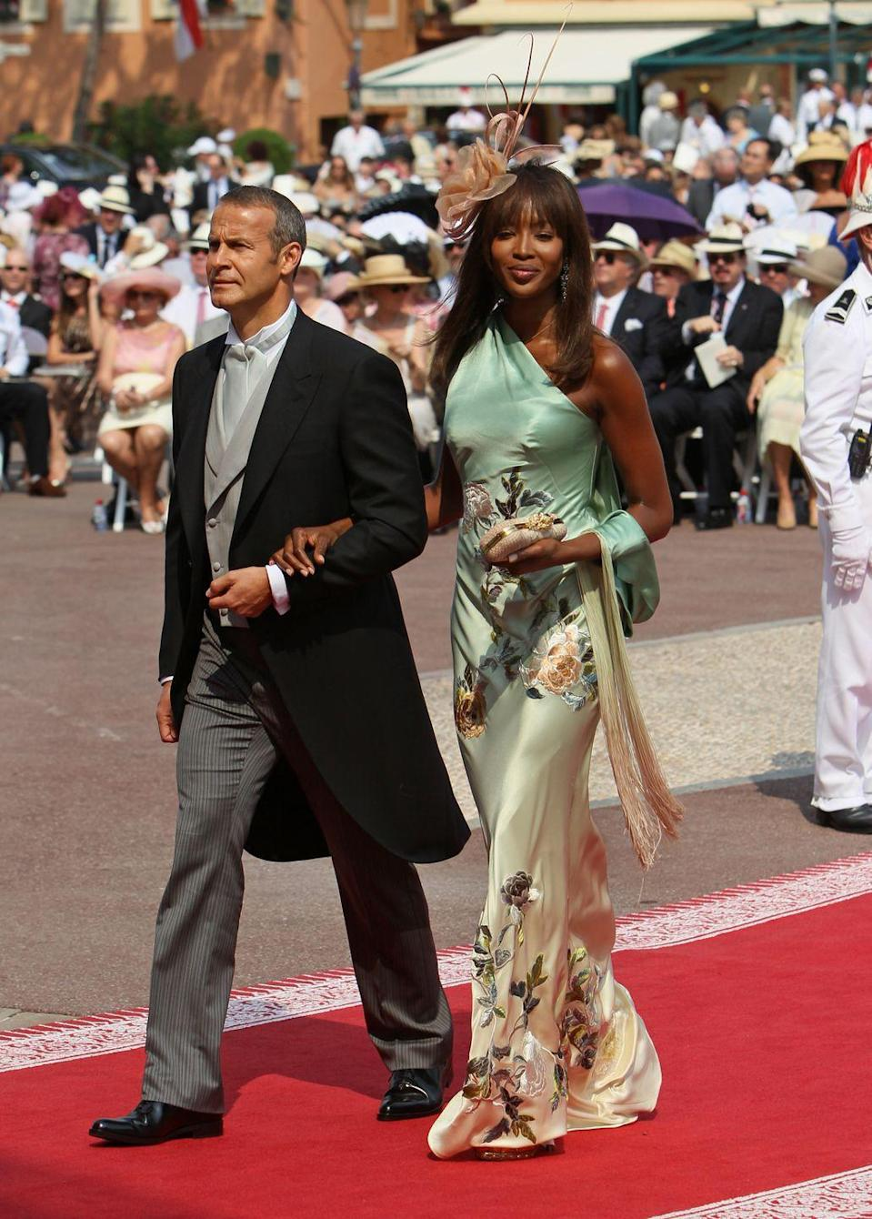 <p>A royal wedding requires a seriously fancy outfit, which suits Naomi Campbell perfectly.</p>