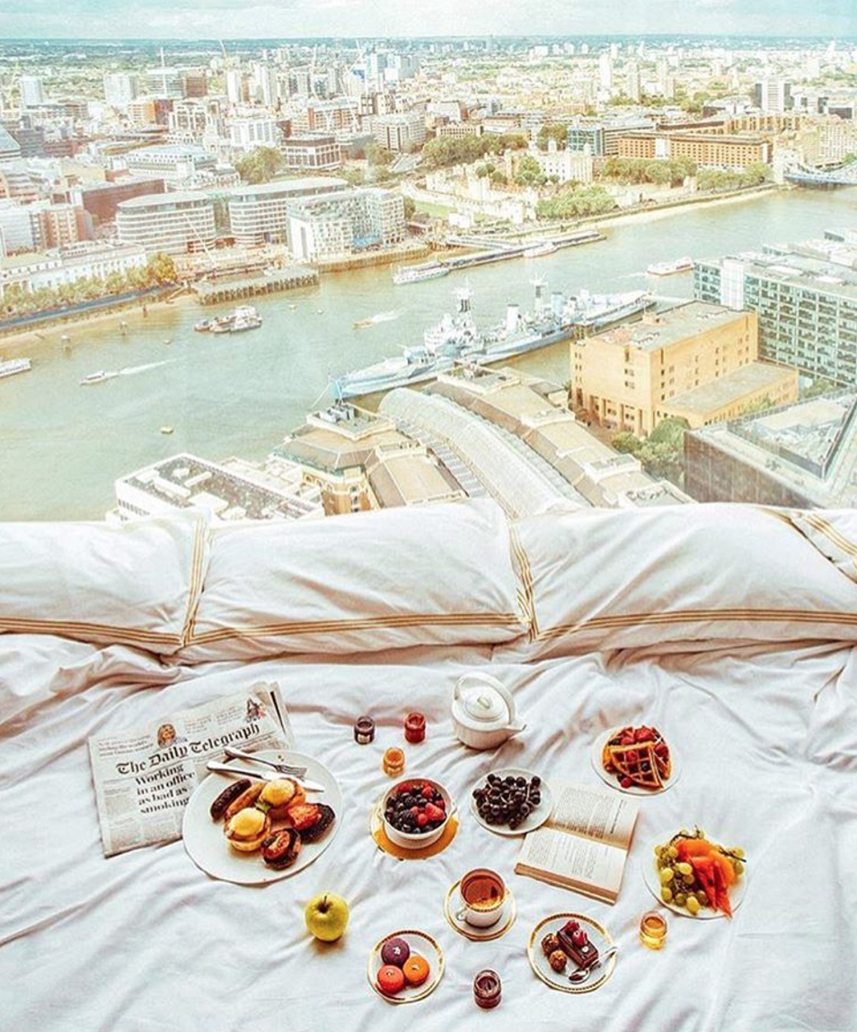 """<p><span>You'll get one of the best views of the city from <a href=""""http://www.shangri-la.com/london/shangrila/"""" rel=""""nofollow noopener"""" target=""""_blank"""" data-ylk=""""slk:this 5* hotel"""" class=""""link rapid-noclick-resp"""">this 5* hotel</a>, which sits high up in The Shard, the UK's tallest building. Cashing in on this vantage point, the hotel sells a night in its Shangri-La Suite for a whopping </span><b>£14,000</b><span> a night. That's for a one-bedroom suite with en-suite bathroom (with heated floors and a jacuzzi bath), a dressing room, separate living room with dining area, office space, guest washroom and kitchenette. [Photo: Instagram / </span><a href=""""https://www.instagram.com/shangrilalondon/"""" rel=""""nofollow noopener"""" target=""""_blank"""" data-ylk=""""slk:shangrilalondon"""" class=""""link rapid-noclick-resp""""><span>shangrilalondon</span></a><span>]</span> </p>"""