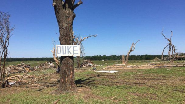PHOTO: Hobby metal detector Nathan Wright found Ariel Duke's wedding rings among the debris after a tornado destroyed her Canton, Texas, home. (Courtesy of Justin Duke)