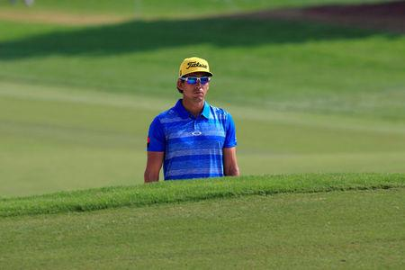 Spain Leads After Windy 1st Round of World Cup