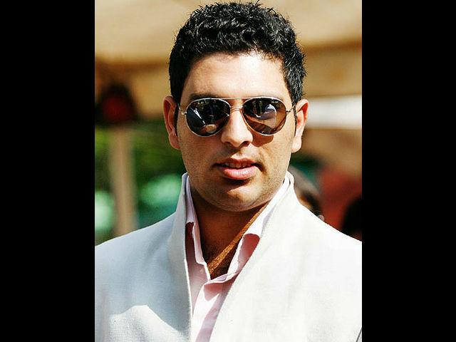 "<b>3. Yuvraj Singh </b><br>Yuvraj Singh, a great cricketer, a fighter and a cancer survivor is one of the biggest mama's boy in India. His mom helped him fight the terrible disease and kept his spirits high when he was down in the dumps. No wonder Yuvraj takes his mom everywhere, be it on NDTV for an interview with Barkha Dutt, on India's Got Talent (where he got all emotional about his mom) or for the shooting of a documentary ""Zindagi Abhi Baki Hai"" based on his life."