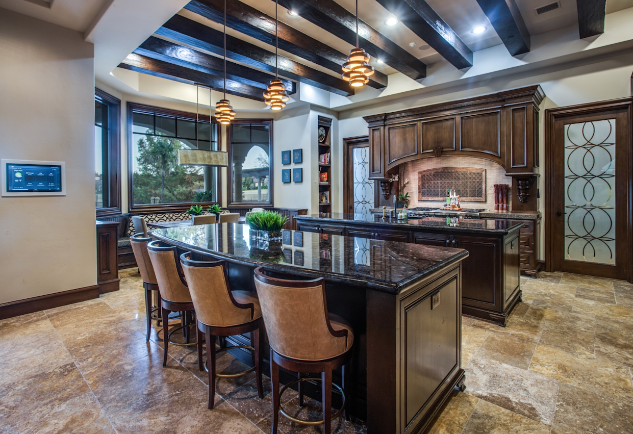 """<div class=""""caption""""> The kitchen. </div> <cite class=""""credit"""">Photo: Couresty of Shoot2Sell photography</cite>"""