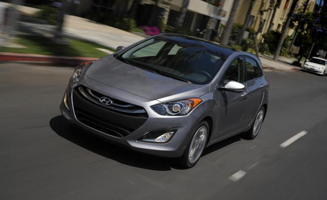 "<p style=""text-align:right;"">  <b><a href=""https://ca.autos.yahoo.com/hyundai/elantra-gt/2013/"" target=""_blank"">2013 Hyundai Elantra GT 5dr HB Auto GLS</a></b><br>  <b>TOTAL SAVINGS $3,089</b><br>  <a href=""https://www.unhaggle.com/yahoo/"" target=""_blank""><img src=""https://www.unhaggle.com/static/uploads/logo.png""></a>  <a href=""https://www.unhaggle.com/dealer-cost/report/form/?year=2013&make=Hyundai&model=Elantra%20GT&style_id=357268"" target=""_blank""><img src=""https://www.unhaggle.com/static/uploads/getthisdeal.png""></a><br>  </p>  <div style=""text-align:right;"">  <br><b>Manufacturer Suggested Retail Price</b>:  <b>$22,599</b>  <br><br><a href=""https://www.unhaggle.com/Hyundai/Elantra%20GT/Incentives/"" target=""_blank"">Hyundai Canada Incentive</a>*: $2,200  <br>Unhaggle Savings: $889  <br><b>Total Savings: $3,089</b>  <br><br>Mandatory Fees (Freight, Govt. Fees): $1,630  <br><b>Total Before Tax: $21,140</b>  </div>  <br><br><p style=""font-size:85%;color:#777;"">  * Manufacturer incentive displayed is for cash purchases and may differ if leasing or financing. For more information on purchasing any of these vehicles or others, please visit <a href=""http://www.unhaggle.com"" target=""_blank"">Unhaggle.com</a>. While data is accurate at time of publication, pricing and incentives may be updated or discontinued by individual dealers or manufacturers at any time. Vehicle availability is also subject to change based on market conditions. Unhaggle Savings is a proprietary estimate of expected discount in addition to manufacturer incentive based on actual savings by Unhaggle customers  </p>"