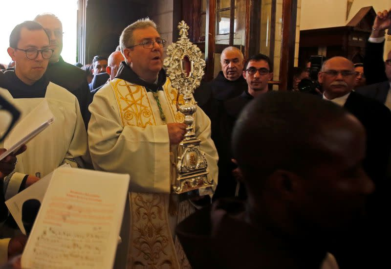 A relic of Jesus' manger, Christmas gift from pope to Bethlehem
